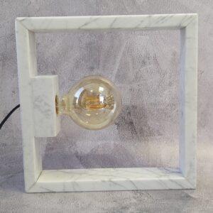 Lampa z marmuru Bianco Carrara