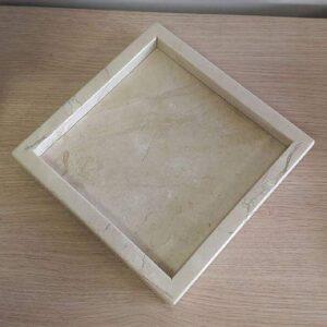 Taca z marmuru Crema 25cm x 25cm
