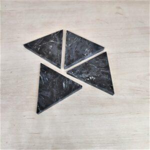 Podstawka z marmuru Nero Marquina 9,5cm x 8cm
