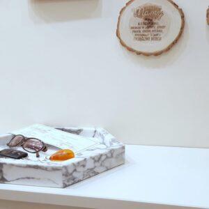 Bandeja de mármol Arabescato 38,5 x 33 cm