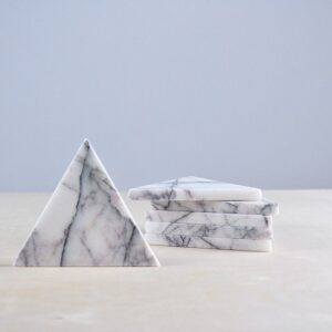 Bianco Carrara marble stand 9.5x8cm
