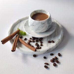 Filiżanka do espresso z marmuru Bianco Carrara