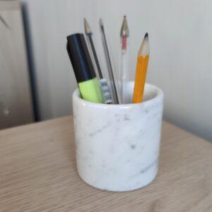 Recipiente, taza para bolígrafos de mármol Bianco Carrara