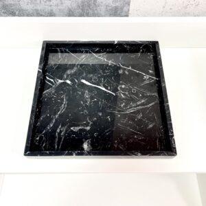 Taca z marmuru Nero Marquina 30cm x 30cm