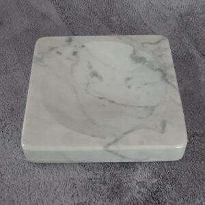 Mydelniczka z marmuru Bianco Carrara 12x12cm