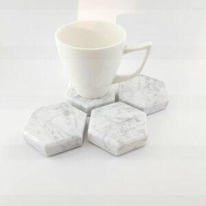 Podstawka z marmuru Bianco Carrara 6,5cm x 7,5cm 4szt
