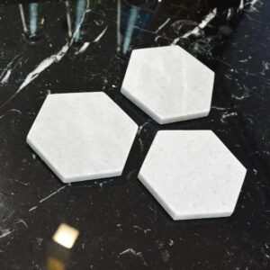 Crystal White marble stand 8,2×9,6cm 4pcs