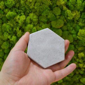 Crystal White marble base, 8.2 x 9.6 cm