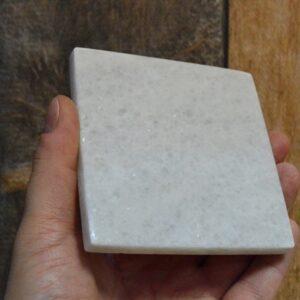 Podstawka z marmuru Crystal White 10cm x 10cm 4szt