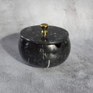 Cukiernica z marmuru Nero Marquina