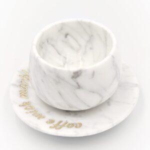 Filiżanka do espresso z marmuru Bianco Carrara z dowolnym grawerem